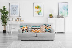 Se você está procurando um produto para limpar sofá de forma rápida, fácil e sem fazer sujeira, conheça agora a Espuma mágica.