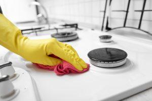 veja como limpar o fogão de forma rápida e eficiente